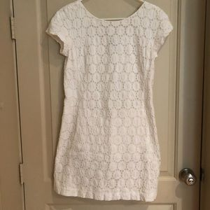 Theory white short sleeve crochet detailed dress